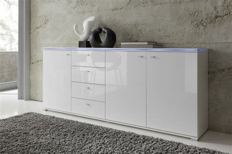 satin schuhe weiß wohnzimmer design wandgestaltung