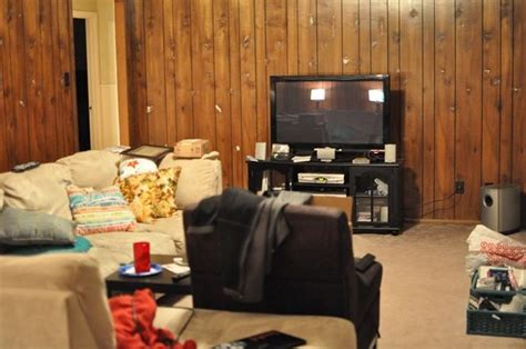 painting paneling in basement how to paint wood paneling diy instructions how to
