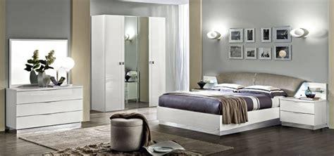 meuble italien chambre a coucher chambre 224 coucher italienne onda blanc chambre meuble