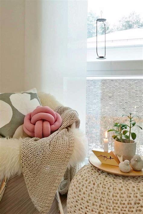 diy knot pillows craftbnb adorable diy knot pillow that anyone can make