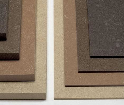 rivestire pavimento con resina ristrutturare casa rivestire il pavimento