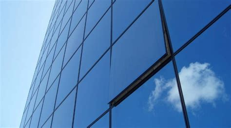 Plafond Gypsum Karawang   Manfaat Kaca Untuk Rumah