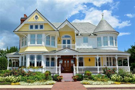 7 Ways To Determine A Home S Architectural Style Huffpost