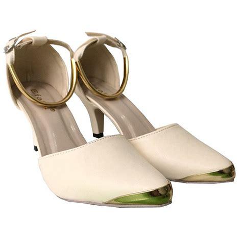 Sepatu Badminton Dibawah 500 Ribu galeri sepatu high heels
