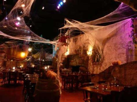 halloween themes restaurant le rocher des pirates roques restaurant reviews phone