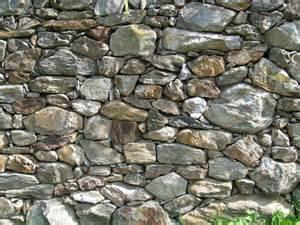 garten naturstein natursteine im garten setzen interessante akzente und