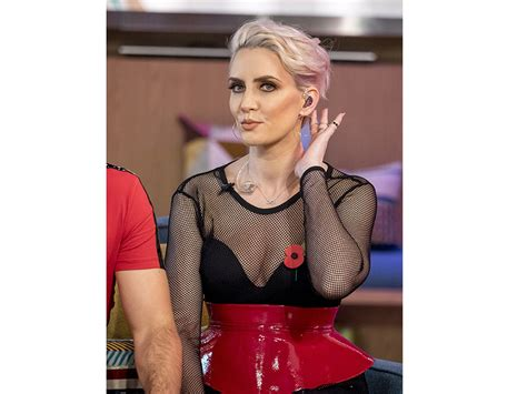 steps singer claire richards shows amazing new figure steps claire richards loses even more weight and looks