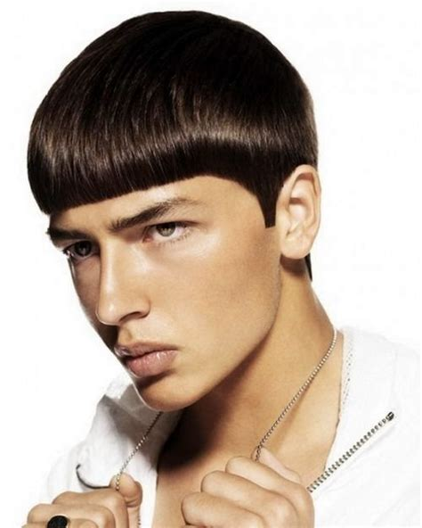 Mushroom Haircut: 35 Best Bowl Cut Hairstyles For Men