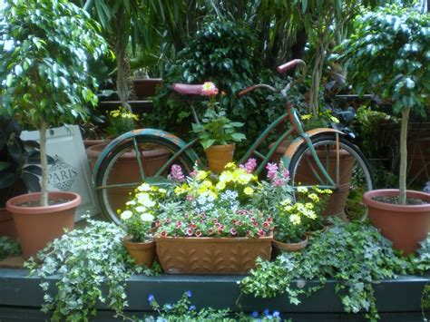 home garden decoration the rusty relic garden decorating ideas