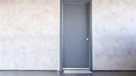 montaggio porte interne corretto montaggio delle porte interne