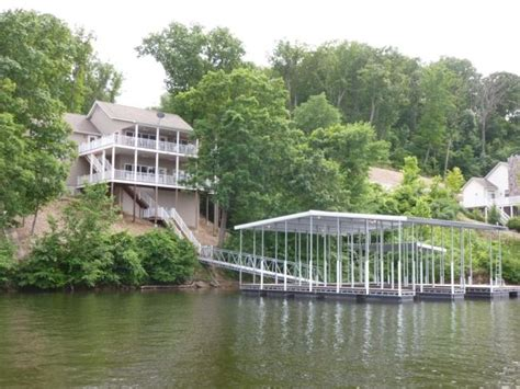 lake of the ozarks boat rental near gravois mills visit lakehousevacations to book this home for your