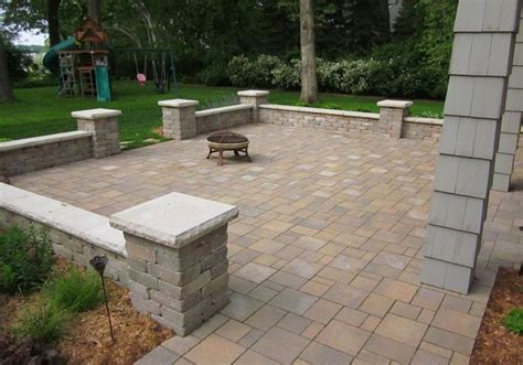 paver patios with retaining walls patio furniture best 25 patio wall ideas that you will like on