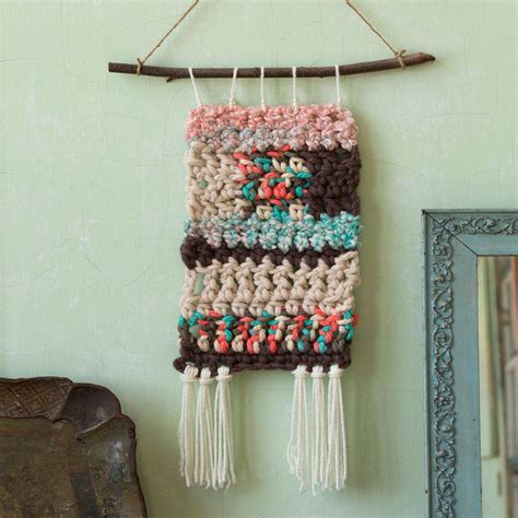 free pattern wall hanging retro crochet wall hangings red heart