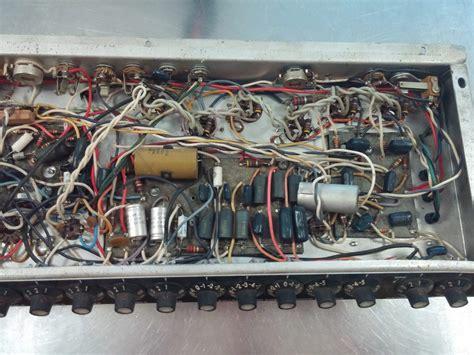 Fender Super Twin Reverb Rohrdiagramm herunterladen