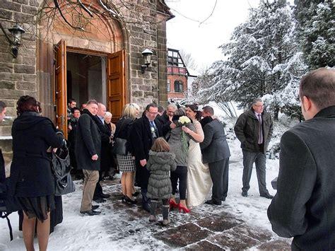 Hochzeit Im Winter by Heiraten Im Winter Die Hochzeitss 228 Ngerin Im Saarland U