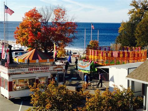 Things To Do In Door County In October by Last Minute Lodging In Door County Wi October 7 9 2016