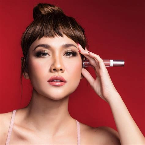 Ivan Gunawan Lip 5 lipsticks brands by we are in
