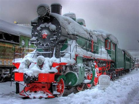 what are the best christmas trains top 35 ideas about russian steam locomotives on moscow russia moscow and
