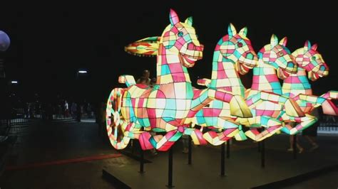 new year lanterns sydney sydney new year fireworks zodiac lanterns 2017