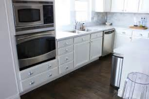 silver knobs for kitchen cabinets roselawnlutheran - silver kitchen cabinets home design ideas pictures remodel and decor