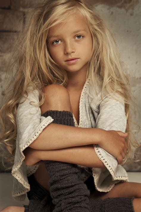 vogues underage models banned under new policy that addresses age tween girl model pose