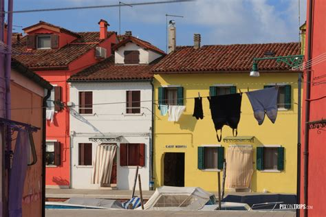 colorful buildings colorful buildings in italy pictures to pin on pinterest