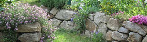 Natursteinmauer Mit Fenster by Trockenmauern Thieme Gartenbau