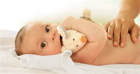 stuhlgang baby hipp babys verdauung was tun bei verstopfung
