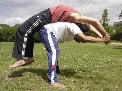 imagenes de yoga para dos sakura apyc cantabria mayo 2011