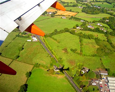 ireland flights cheap flights to ireland fly to ireland