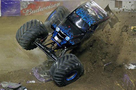 monster truck show in orlando orlando florida monster jam january 25 2014