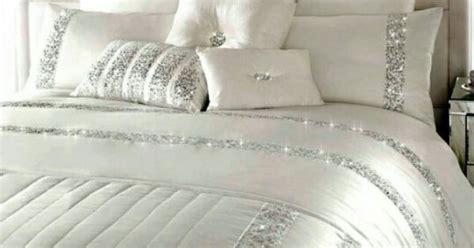 beautiful white sparkle bedding wwwofdesignnet luxurious bedding pinterest sophisticated