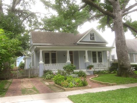 front cottage the other houston bungalow front yard garden ideas