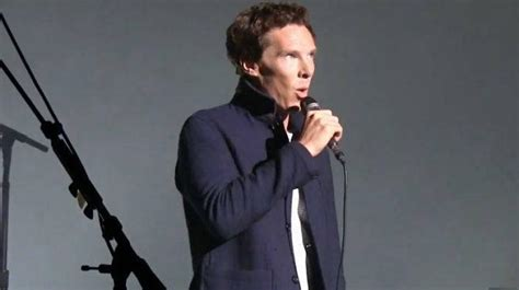Benedict Cumberbatch Sings Comfortably Numb With David
