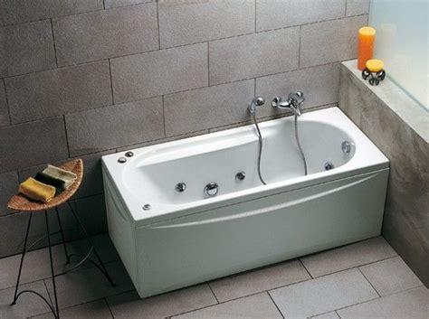 baignoire style retro baignoire balneo d 233 co salle de bain