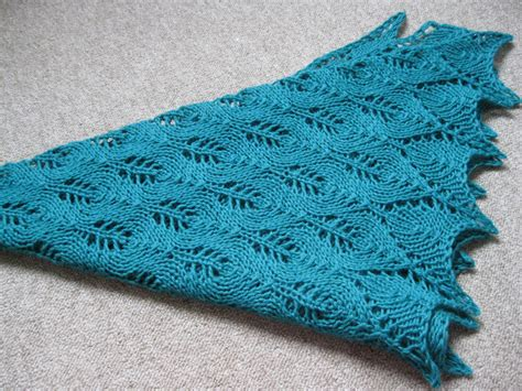 pattern for triangle shawl shawl knitternatter s weblog