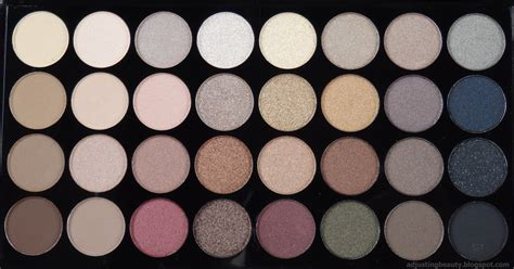 Eyeshadow Palette review makeup revolution ultra professional eyeshadow flawless adjusting