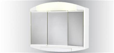 armoire de toilette avec prise de courant armoire de toilette lumineuse salle de bain et wc