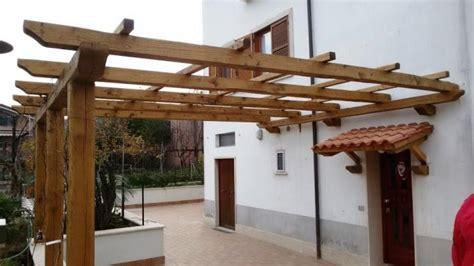 pergolato terrazzo terrazzo con pergolato in legno su misura