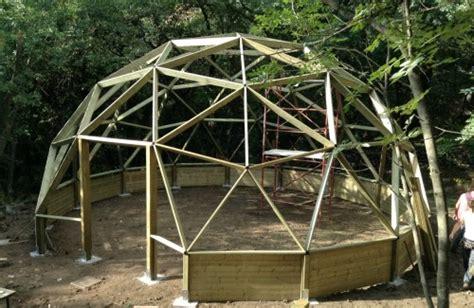 cupola geodetica legno cupola geodetica in legno terminali antivento per stufe