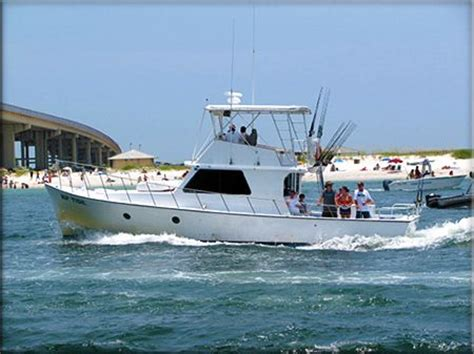 party boat fishing in orange beach alabama best 25 deep sea fishing boats ideas on pinterest deep