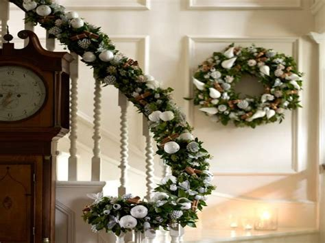 how to decorate banister simply and elegantly for christmas decorations