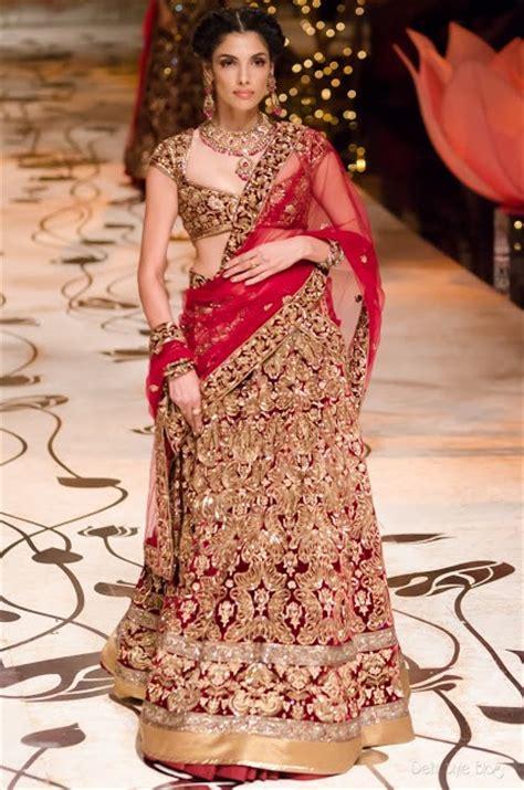 india wedding designs bridal styles and fashion february 2009 indian designer wedding dresses for bride 2018