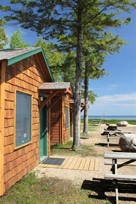 Lakefront Cottages For Rent In Michigan by Mackinac Lakefront Cabin Rentals Updated 2016 Cground