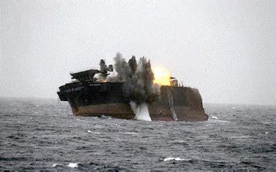 uss bremerton (ssn 698) sinks a ship