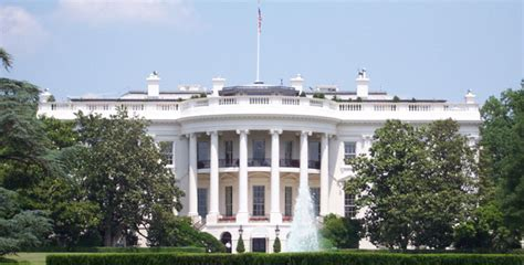 white house motors white house gm chrysler to get another 7 billion today