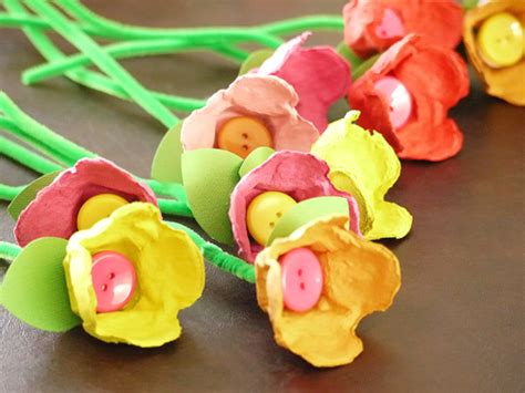 craft projects with egg cartons make your own egg tulips carefree crafts