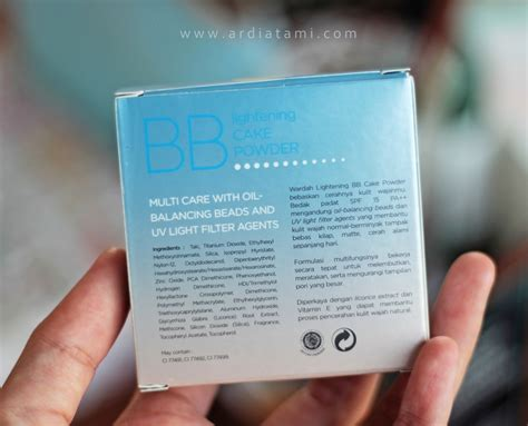 Bedak Padat Wardah Lightening unboxing bedak wardah bb lightening cake powder lovelia by lia ardiatami