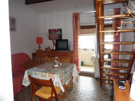 appartement t2 30m2 meuble 1 chambre mezzanine sejour