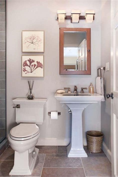 realistic bathroom ideas 20 sweet bathrooms with pedestal sinks messagenote